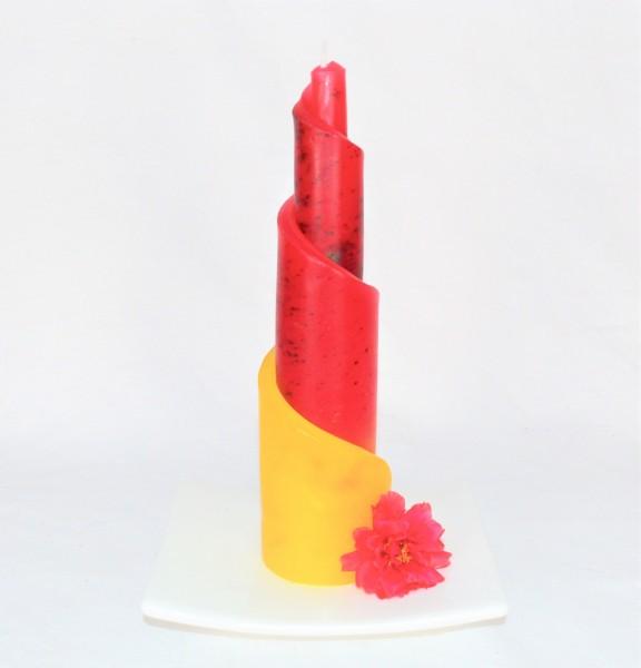 Kerze von Hand gefertigt